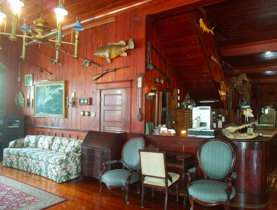 Everglades Rod & Gun Club Lodge