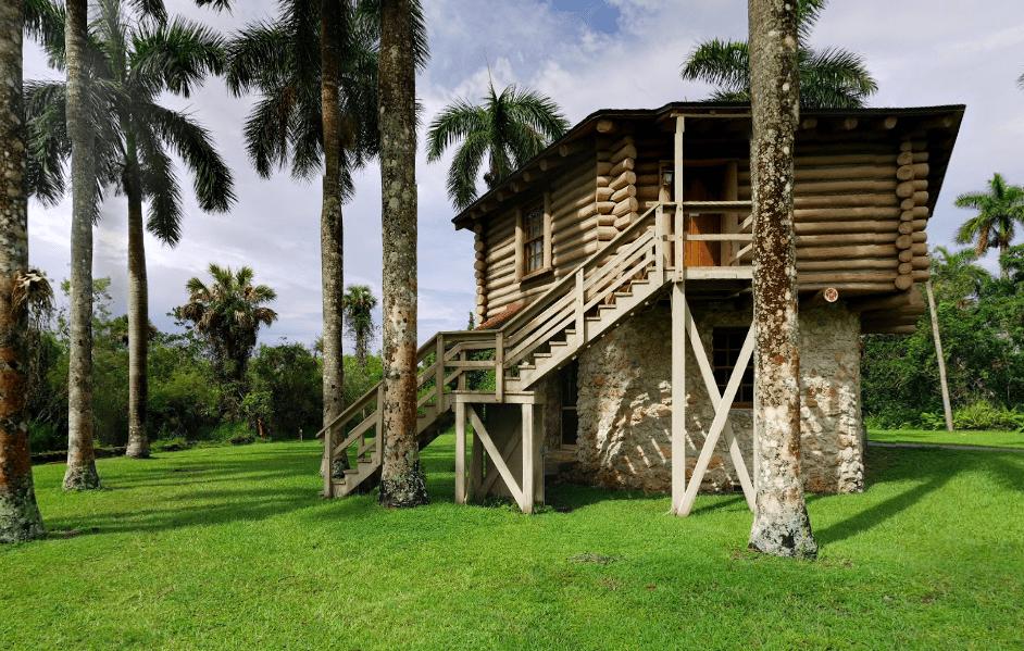 Collier-Seminole National Park Log cabin