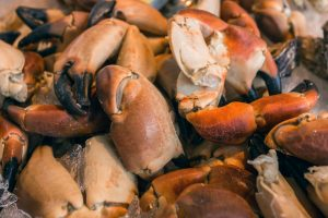 crab claws on fish market